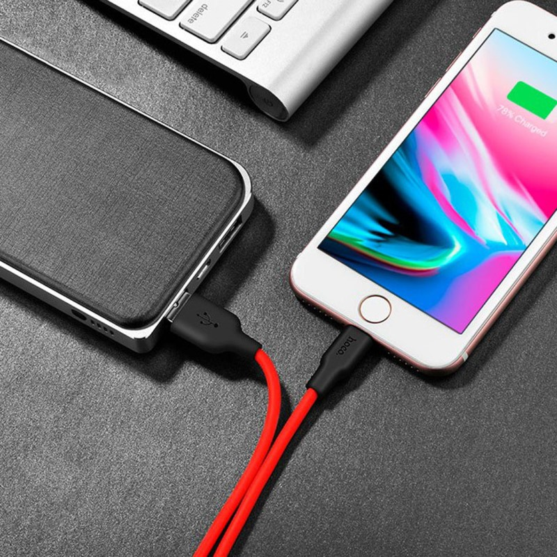 x21 silicone lightning charging cable table